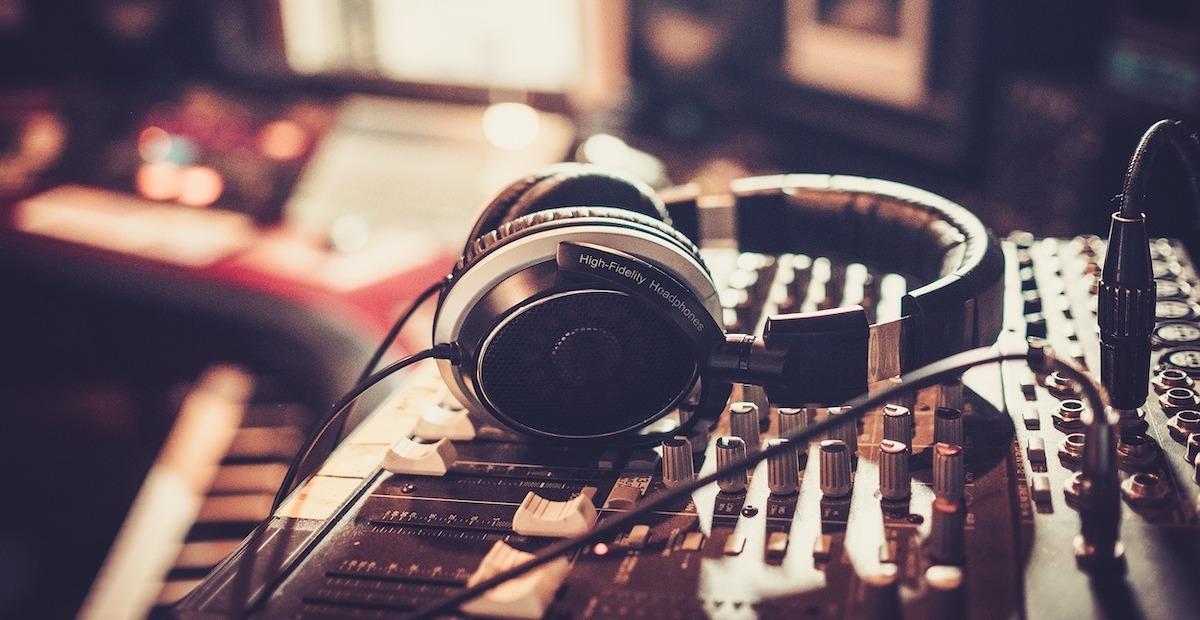 Muusika 101: mis on ekvalaiser? Lisaks: parimad ekvalaiseri seaded trummidele ja kitarrile