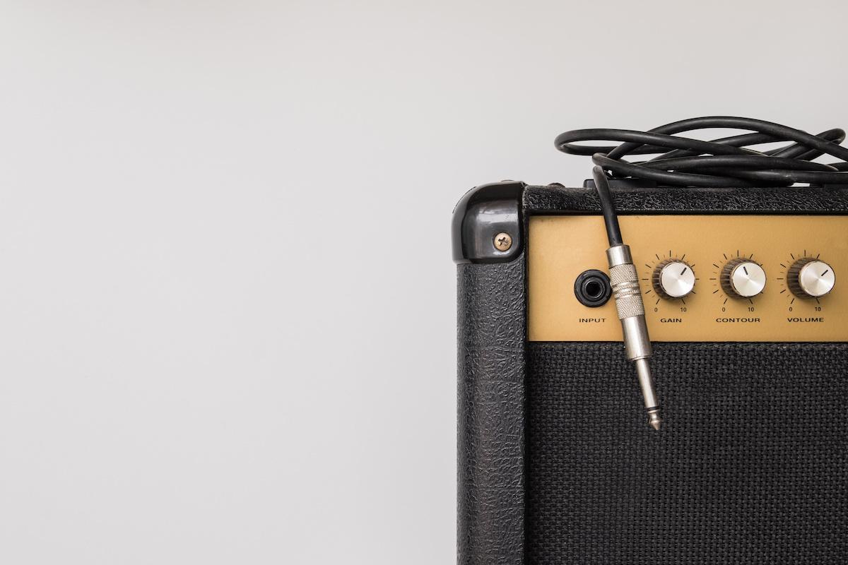 Gitara 101: Što je SSD pojačalo? Prednosti i nedostaci solid-state pojačala i najboljeg Solid-State pojačala za svirače gitare