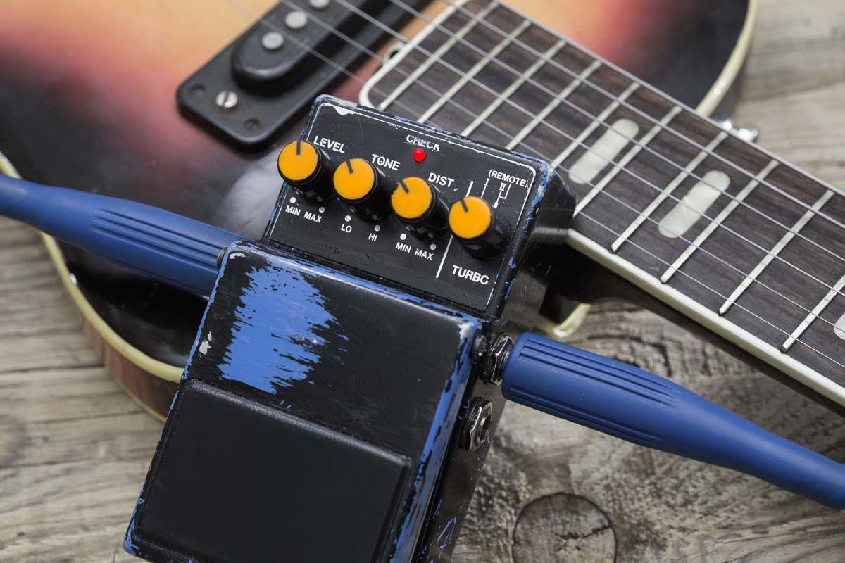 Guitar 101 : Qu'est-ce qu'une pédale de compresseur ? Apprenez à utiliser une pédale de compresseur