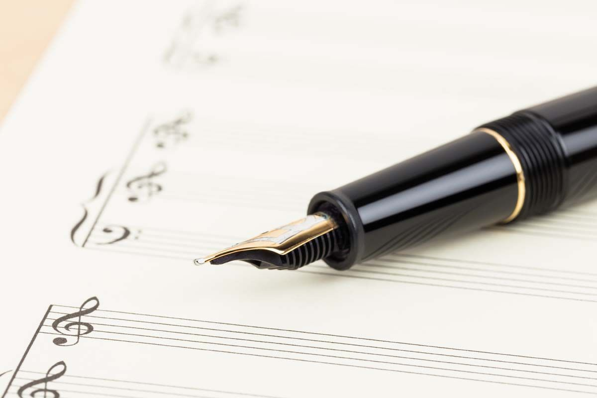 Muusika 101: mis on kordusetõus? Näidete abil saate teada, kuidas muusikat muusikas kasutatakse