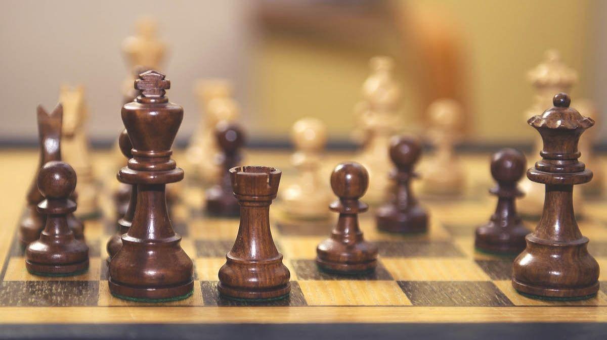 Échecs 101: Qu'est-ce que le roque? En savoir plus sur les 2 conditions à remplir aux échecs avant de pouvoir jouer au château