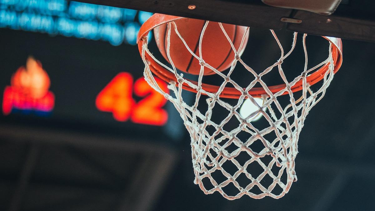 Comment fonctionne la notation de basket-ball: à l'intérieur des 3 façons de marquer