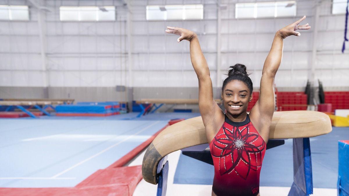 Qu'est-ce qu'un Front Handspring en gymnastique? Apprenez l'exercice à ressort avant de Simone Biles