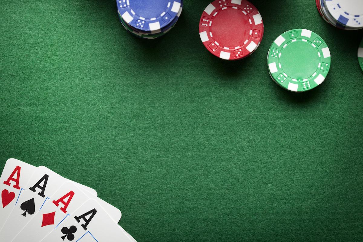 Õppige pokkerit mängima: selgitatakse pokkerikäte paremusjärjestuse loetelu