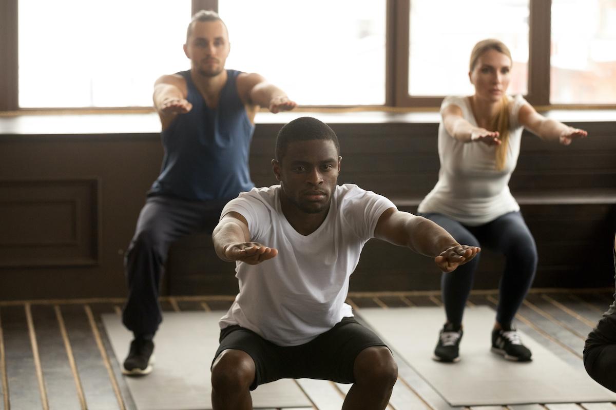 Guide d'exercices de squat : comment faire des squats avec une forme parfaite