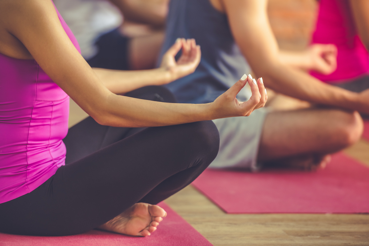 33 Pogosti izrazi joge: osnovni slovar joge