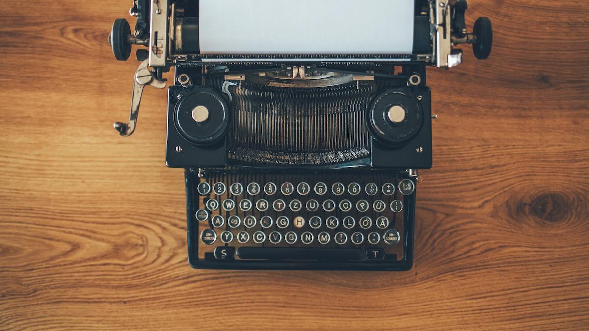 7 dispositivos comuns de plotagem e como usá-los na sua escrita