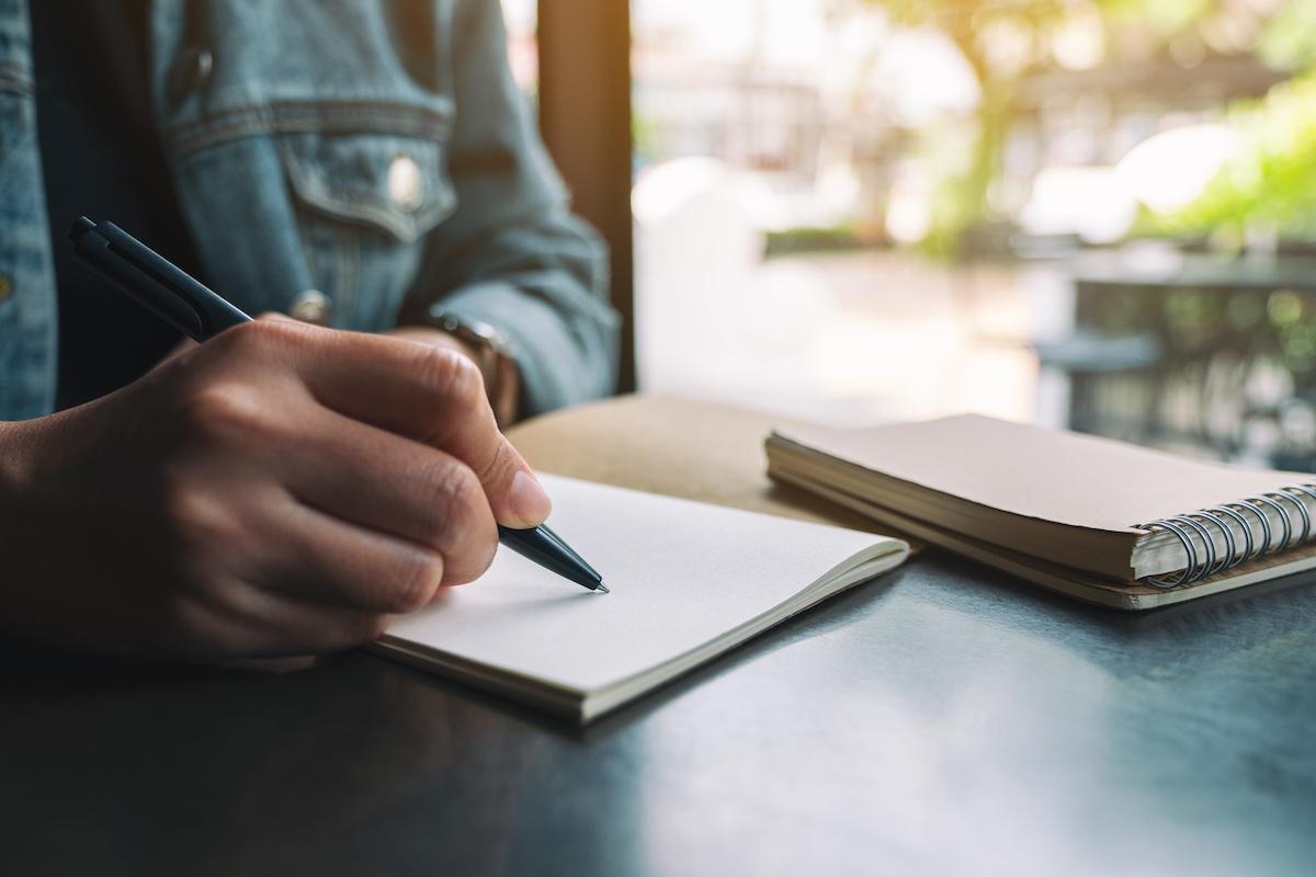 Kako koristiti pravilo tri u pisanju