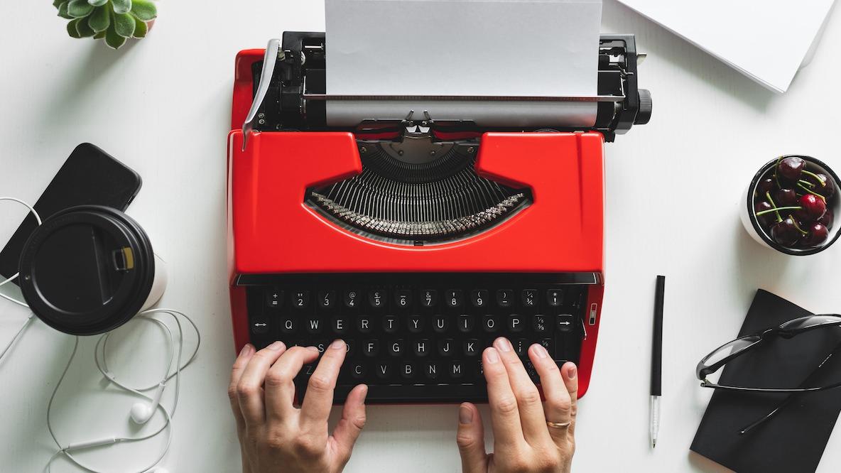 Comment écrire des histoires de personnages convaincantes : guide étape par étape
