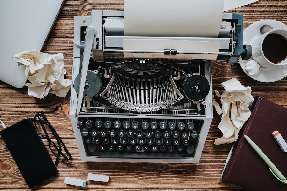 Kuidas kirjutada oma romaanile suurepärane esimene rida