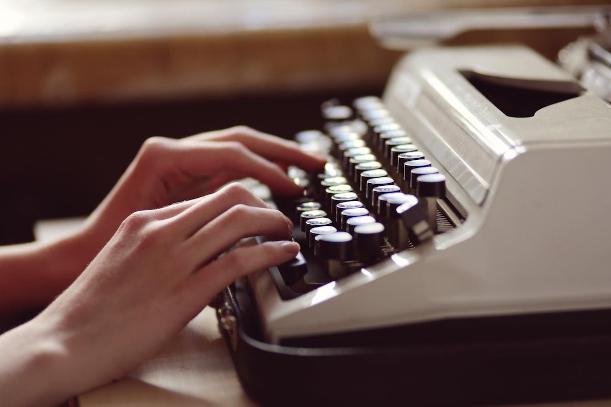 68 façons créatives de dire «dit» par écrit