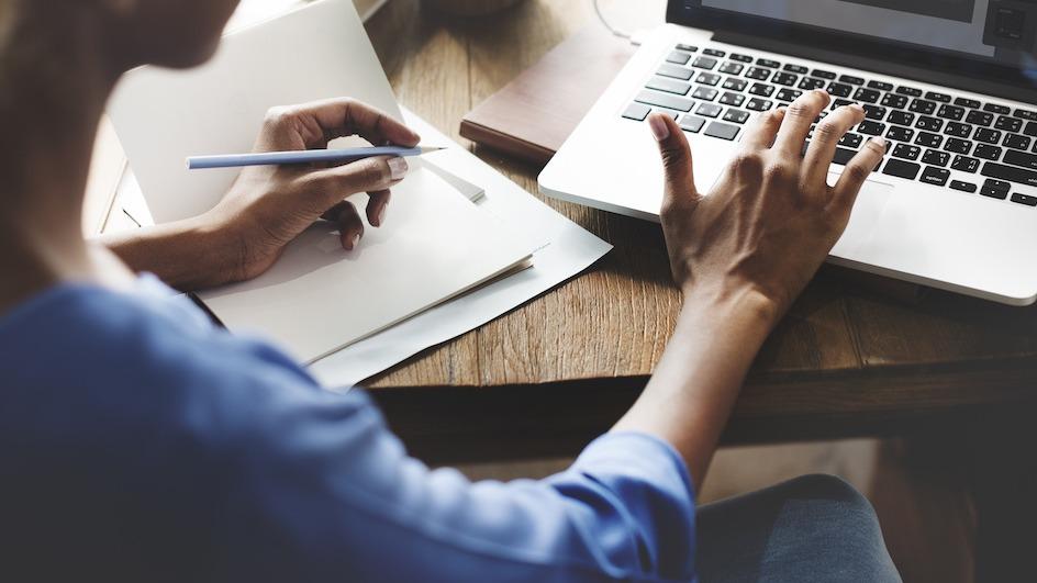 Kuidas kirjutada sissejuhatust: 3 nõuannet sissejuhatava lõigu kirjutamiseks