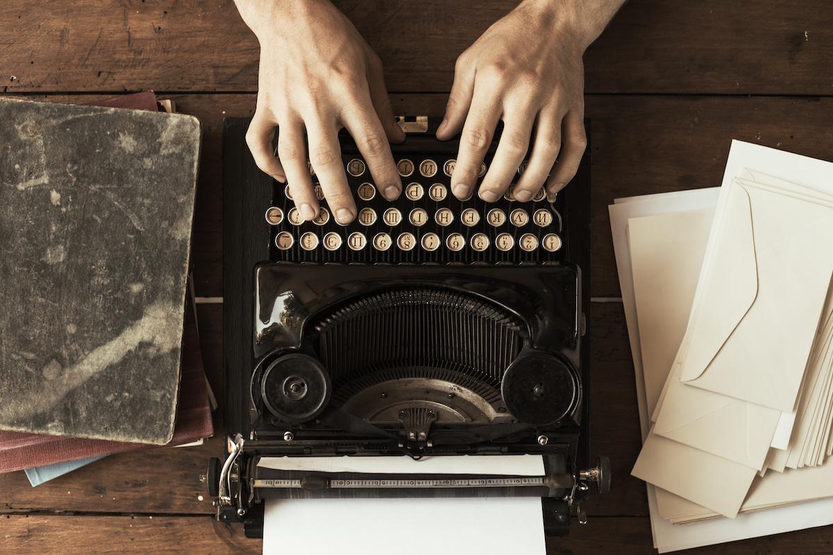 Kako napisati zastrašujuću priču: 7 savjeta za pisanje zastrašujućeg horor romana