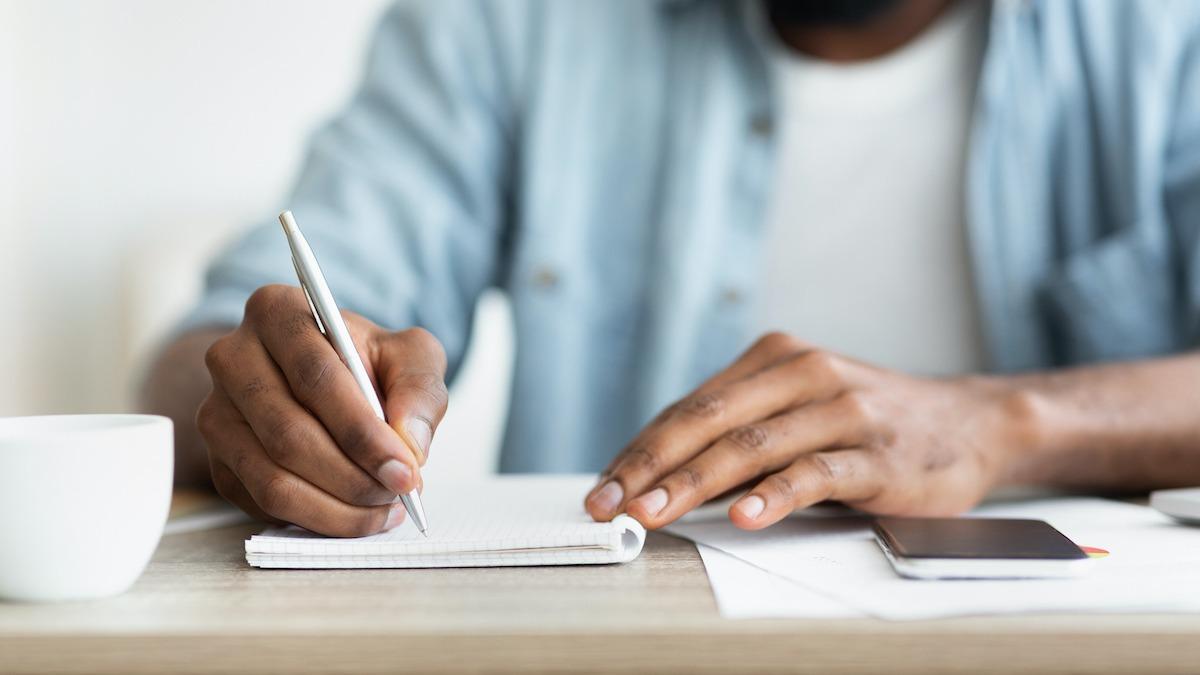 Comment rédiger un essai descriptif en 7 étapes
