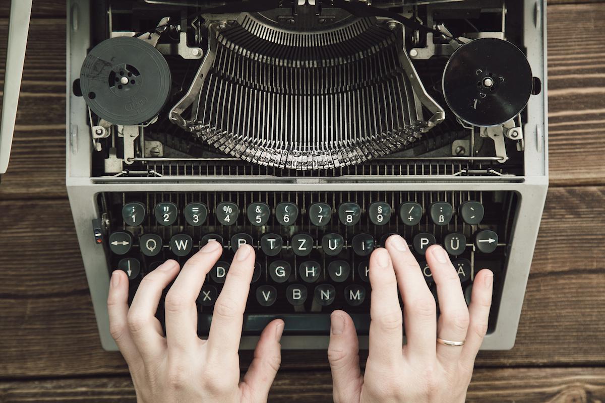 Pisanje 101: Kaj je poosebitev? Spoznajte poosebljenje v pisanju s primeri